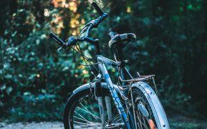Dodatki do roweru miejskiego, które warto posiadać